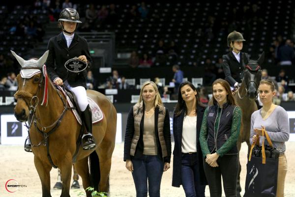 Championnat ANTARES des Partenaires n°3 (1,30) - Sara Brionne avec Up to Date du Milon