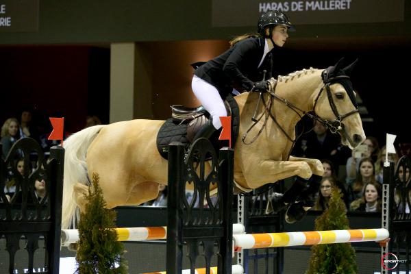 Super As Poney Elite Trophée GRAND PRIX MAGAZINE - Louise Desmaizieres et Sweety Vertefeuille
