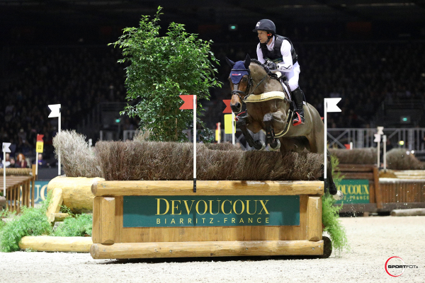 DEVOUCOUX Indoor Derby – 1ère place – Michael Jung et Corazon